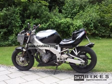 1994 Honda  SC28 Motorcycle Streetfighter photo