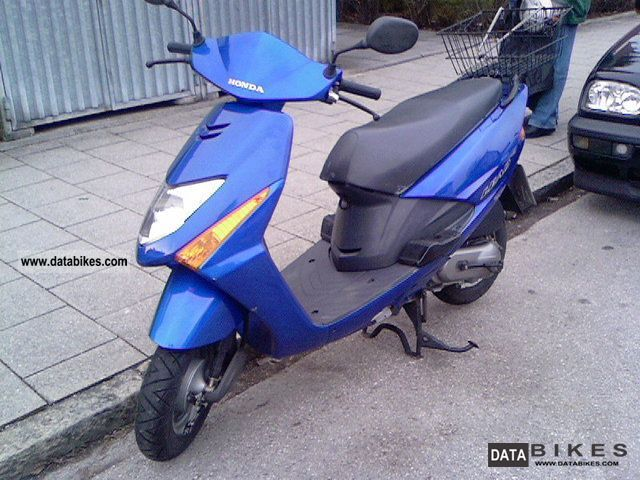 Honda  JEAD TYPE 100 JF 11 2007 Scooter photo