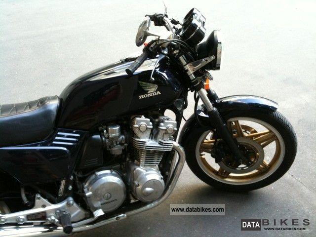 1982 Honda  Bol D'or (Boldor) CB 750 (RC 04) Motorcycle Naked Bike photo