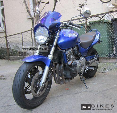 2001 Honda  Hornet Motorcycle Naked Bike photo