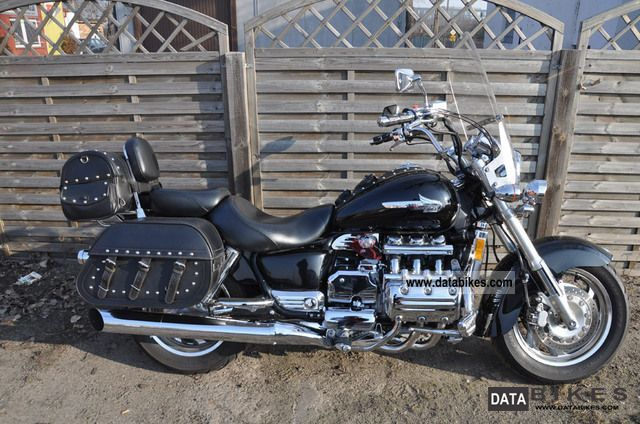 2003 Honda Valkyrie 1500 Gl1500c F6c Motorcycle Chopper Cruiser Photo