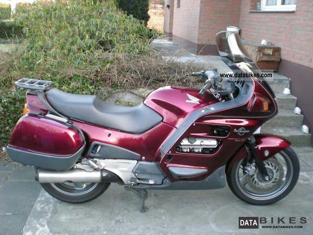 1997 Honda  Pan European Motorcycle Tourer photo