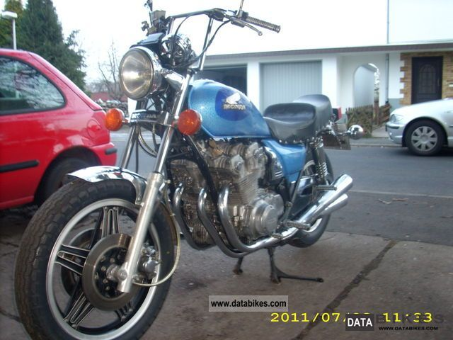 1984 Honda  750rc06 Motorcycle Chopper/Cruiser photo