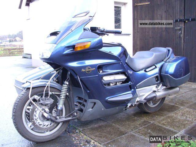 2000 Honda  ST 1100 Motorcycle Combination/Sidecar photo
