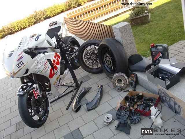 2008 Honda  SC59 Motorcycle Racing photo
