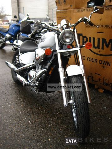 2005 Honda  VT600 Shadow VLX C5 Motorcycle Chopper/Cruiser photo