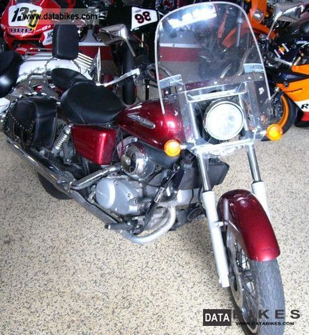 2005 Honda  VT125C Shadow Top Chopper Motorcycle Chopper/Cruiser photo