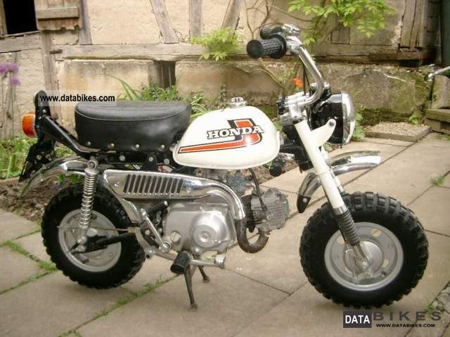 Honda  Z50J MONKEY - ORG.ZUST / SCHECKH. 1978 Vintage, Classic and Old Bikes photo