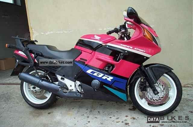 1991 Honda  CBR 1000 Motorcycle Tourer photo
