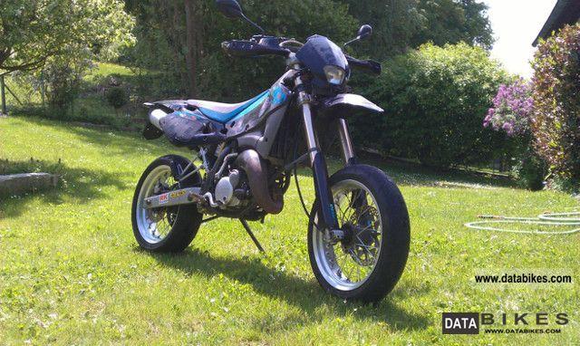 2004 Husqvarna  SM 125 S 125th Anniversary Motorcycle Super Moto photo