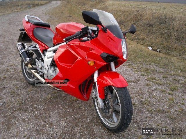 2008 Hyosung  GT 650 R Motorcycle Sports/Super Sports Bike photo
