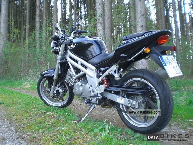 2007 Hyosung  GT 650 Naked Motorcycle Naked Bike photo