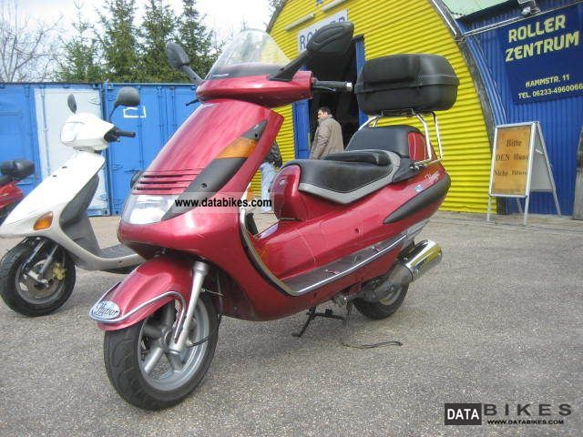 1998 Hyosung  Hyper 125 from first Hand only 5700 km 4 stroke Motorcycle Scooter photo