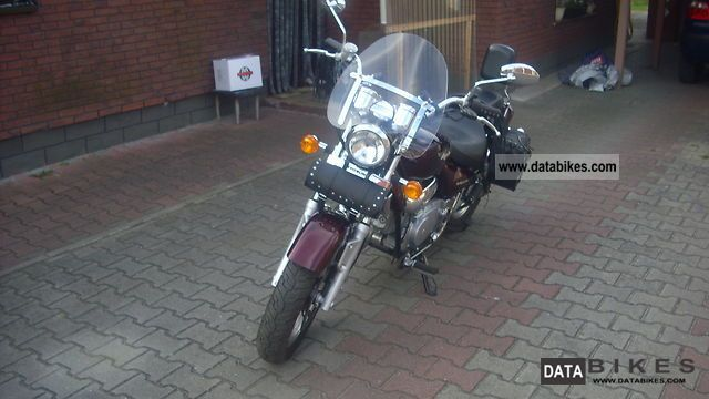2000 Hyosung  Ayuila 125 Motorcycle Chopper/Cruiser photo