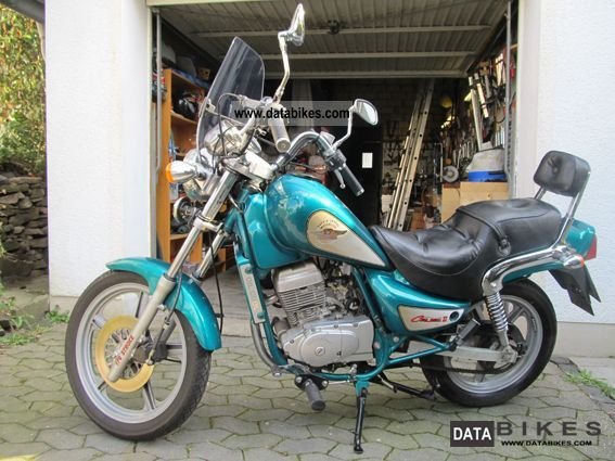 1997 Hyosung  Cruise 2 shopper Motorcycle Chopper/Cruiser photo