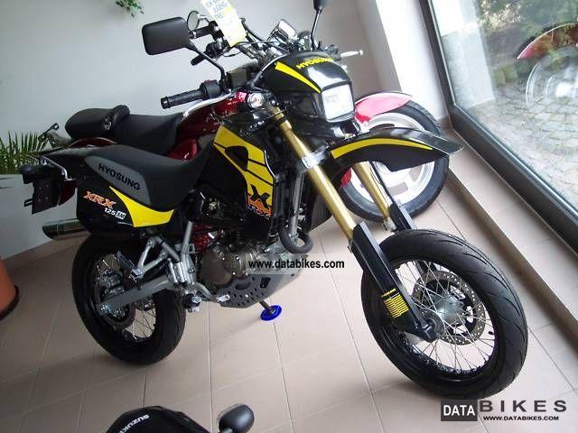 2011 Hyosung  XRX125 SM - NEW - SUPER MOTO Motorcycle Super Moto photo