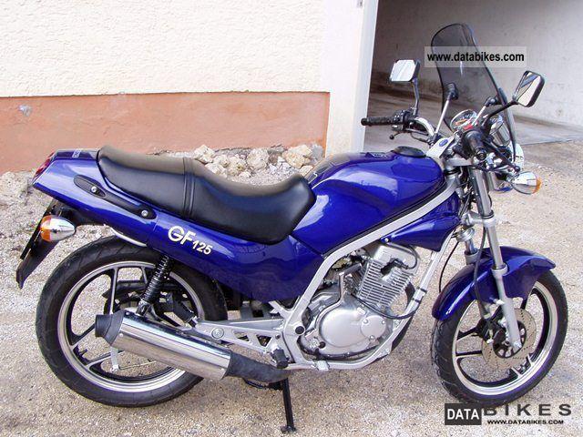 2003 Hyosung  GF 125 Motorcycle Lightweight Motorcycle/Motorbike photo