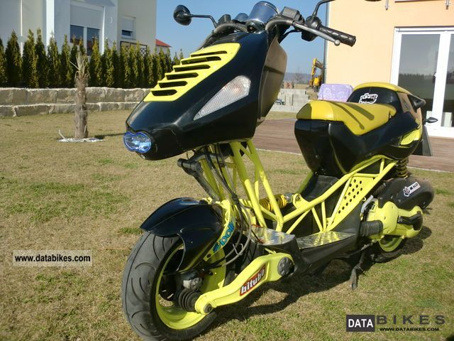 2003 Italjet  Dragster 180cc, Scorpion, H1, LED rear! Motorcycle Scooter photo