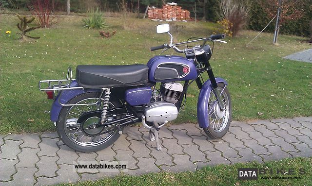 1974 Jawa  CZ 125 Motorcycle Lightweight Motorcycle/Motorbike photo