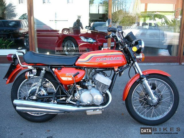 Kawasaki  500 H1B Mach III - beautifully restored oblique 1970 Vintage, Classic and Old Bikes photo