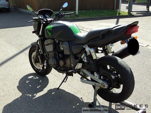2002 Kawasaki  ZRX 1200 R Motorcycle Motorcycle photo