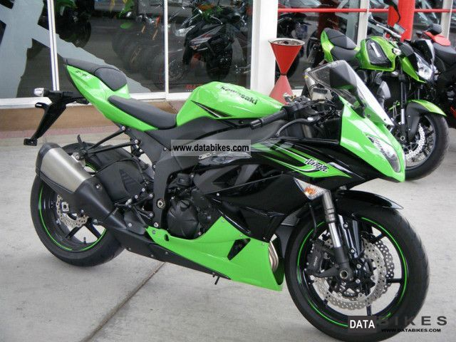 2011 Kawasaki  ZX-6R Motorcycle Naked Bike photo