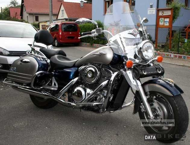 2005 Kawasaki  VN 1600 Classic Tourer Motorcycle Chopper/Cruiser photo