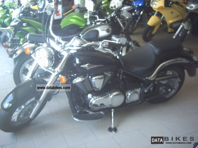 2010 Kawasaki  2xVN 900 cheaper at 670 km and 1000 € Motorcycle Chopper/Cruiser photo
