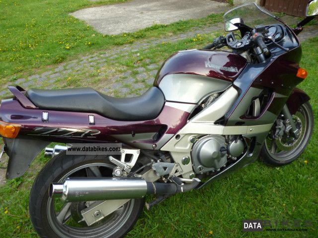 1998 Kawasaki ZZR 600 Motorcycle Sport Touring Motorcycles Photo