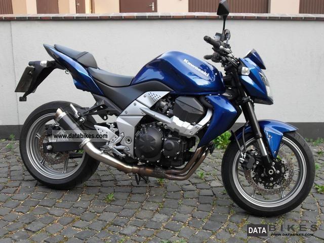 2010 Kawasaki  Z 750 Motorcycle Naked Bike photo