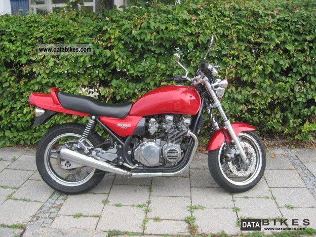 1992 Kawasaki  Zephyr 750 Motorcycle Tourer photo