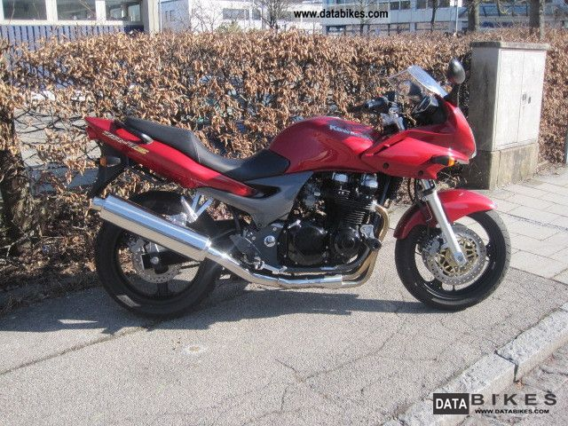 2005 Kawasaki  ZR 7 Motorcycle Naked Bike photo