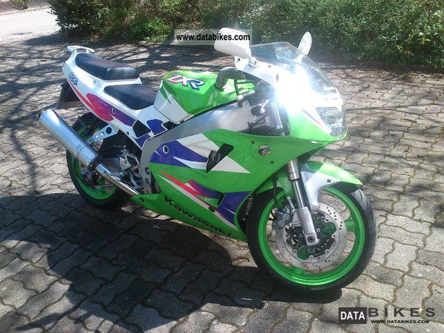 2001 Kawasaki  ZXR 400 Motorcycle Racing photo