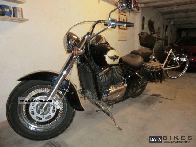 1999 Kawasaki  VN 800 Classic Motorcycle Chopper/Cruiser photo