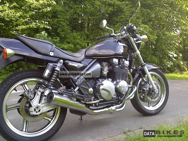Kawasaki  ZEPHYR ZR 550, only 15000 km \u003c\u003c\u003c \u003e\u003e\u003e TOPZUSTAND 1998 Naked Bike photo