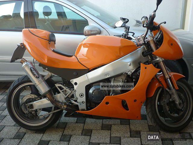 1996 Kawasaki  ZXR750 Motorcycle Streetfighter photo