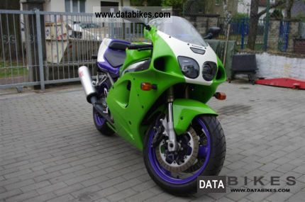1995 Kawasaki  ZX7 R Motorcycle Sports/Super Sports Bike photo