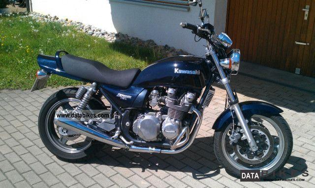 1991 Kawasaki  Zephyr 750 Motorcycle Tourer photo