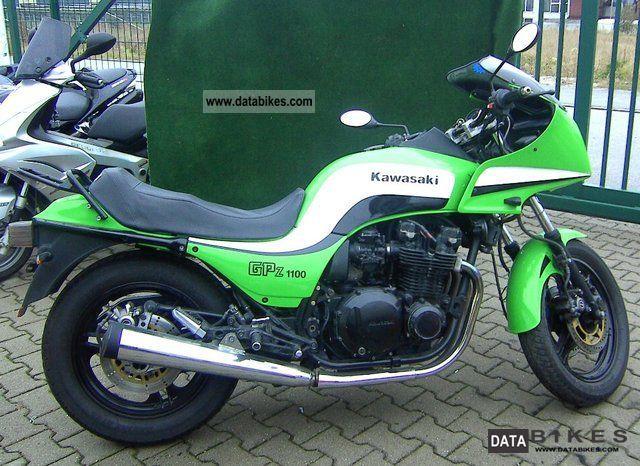 1985 Kawasaki  GPZ 1100 Motorcycle Tourer photo