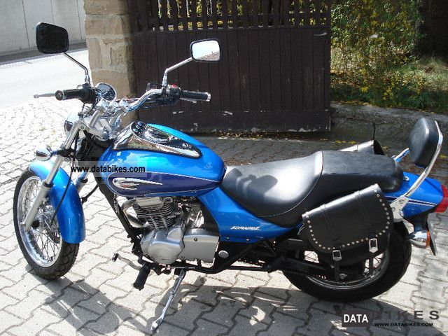 2001 Kawasaki  Eliminator Motorcycle Chopper/Cruiser photo