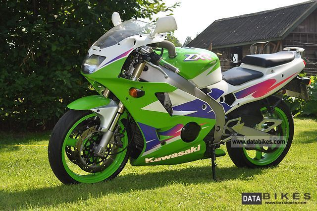 1997 Kawasaki  ZXR 400 Motorcycle Sports/Super Sports Bike photo