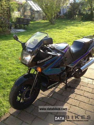 1996 Kawasaki  GPX 600 Motorcycle Sports/Super Sports Bike photo