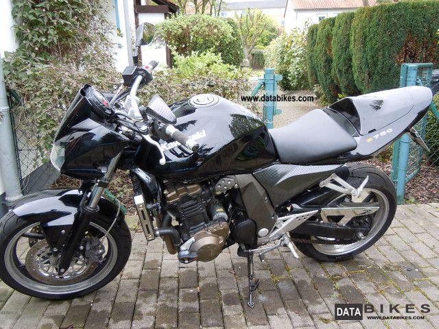 2004 Kawasaki  ZR 750 J Motorcycle Naked Bike photo