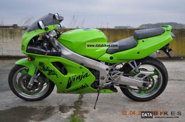 2005 Kawasaki  ZXR 750 Motorcycle Sports/Super Sports Bike photo