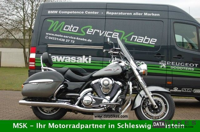 2011 Kawasaki  VN1700 Classic Tourer ABS Motorcycle Chopper/Cruiser photo