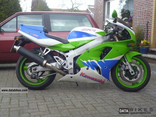 1993 Kawasaki  ZXR 750 Motorcycle Sports/Super Sports Bike photo