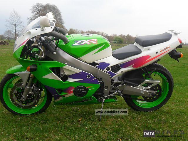 1999 Kawasaki ZXR 400 Motorcycle Sports Super Bike Photo