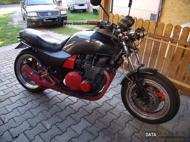 1983 Kawasaki  GPZ Motorcycle Naked Bike photo