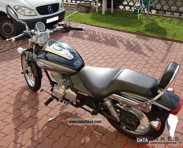 2002 Kawasaki  Eliminator BN125A Motorcycle Chopper/Cruiser photo