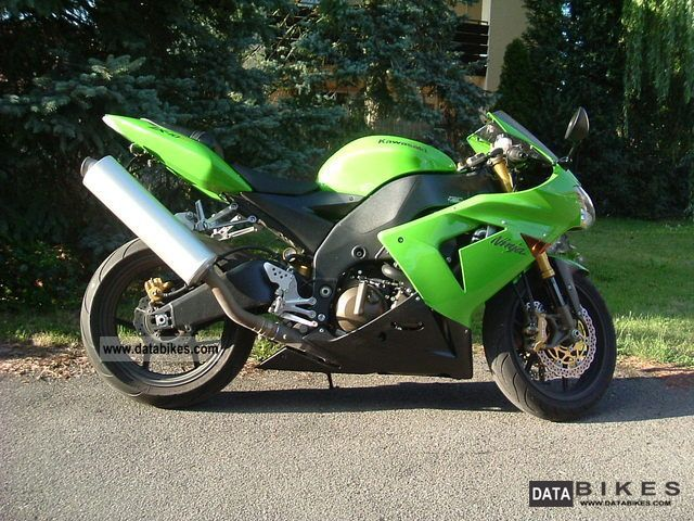 2005 Kawasaki  ZX10 Motorcycle Sports/Super Sports Bike photo
